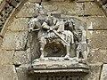 Détail du portail de l'église Saint-Martin de Frettemolle.jpg