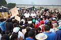DAMNIFICADOS DE CARAPONGO RECIBIERON DESAYUNO PREPARADO POR EL EJÉRCITO (32840087274).jpg