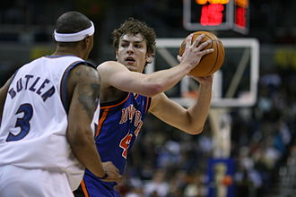David Lee (basketball) - Lee (right) with the Knicks in January 2007