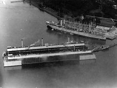 Dewey Drydock with USS Jason 1928 NARA 19-LC-19C (2).jpg