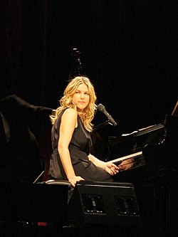 DianaKrall Cologne 2730.jpg