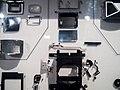 Die Explosivdarstellung einer Spiegelreflexkamera EXAKTA Varex IIa 06.jpg