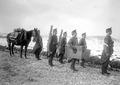 Die Maschinengewehre und ihre Ausrüstung auf Mann - CH-BAR - 3241034.tif