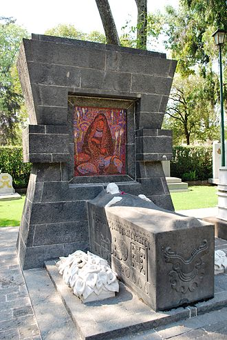 Panteón de Dolores - Tomb of Diego Rivera.