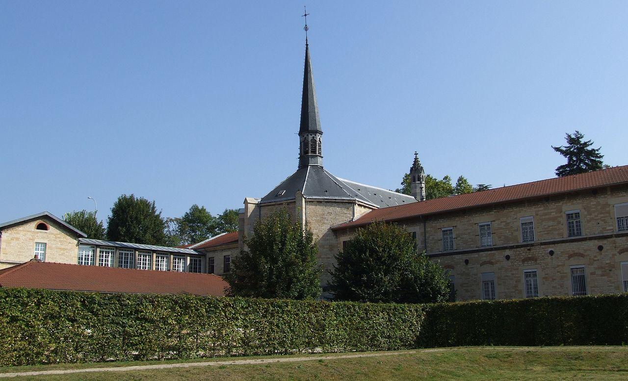 Dijon - Chartreuse de Champmol 14.jpg