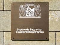 Direktion der Bayerischen Staatsgemäldesammlungen - Schild.JPG
