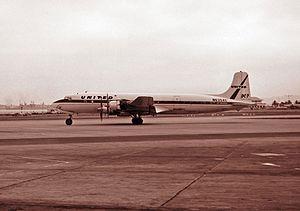 United Airlines Flight 736 - Image: Douglas DC 7, United Airlines JP7100786