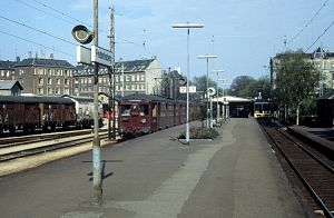 Frederiksberg Station - Frederiksberg station in 1978 with S-train on the F-line.