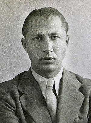Duško Popov - Popov's passport photo, 1941