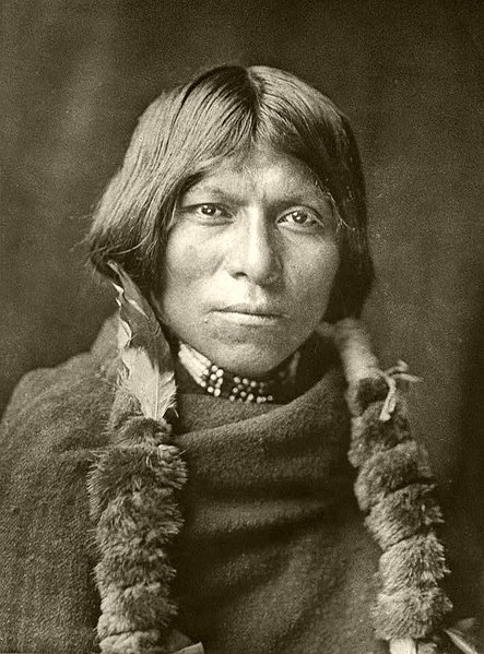 Datoteka:Edward S. Curtis Collection People 090.jpg