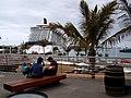 """El megacrucero """" Celebrity Eclipse"""", en el Puerto de la Luz y de Las Palmas.Gran Canaria (4641595875).jpg"""