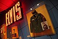 Elvis' Uniform - Rock and Roll Hall of Fame (2014-12-30 11.59.14 by Sam Howzit).jpg