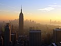Empire State Building 15 Dec 2005.jpg