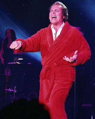 Engelbert Humperdinck (singer) - Humperdinck in 2008