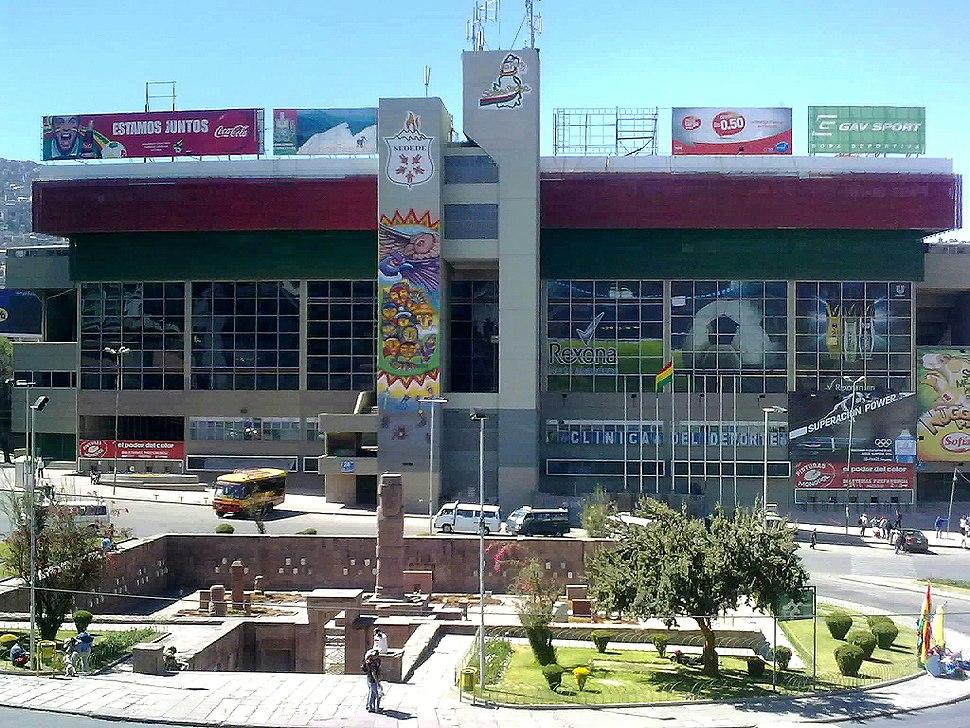 Estadio Hernando Siles, Barrio Miraflores