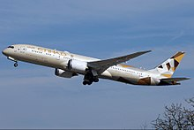 Etihad Airways Boeing 787-9 Dreamliner A6-BLA.jpg