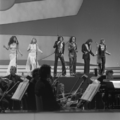 Eurovision Song Contest 1976 rehearsals - Germany - Les Humphries Singers 3.png