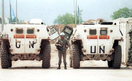 УН миротворци на Сарајевском аеродрому 1993. године