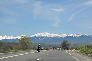 Făgăraș Mountains - Image: Făgăraș Mountains, Romania View from Sibiu 04