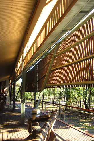 Glenn Murcutt - Bowali Visitor Information Centre, Kakadu National Park, in collaboration with Troppo Architects