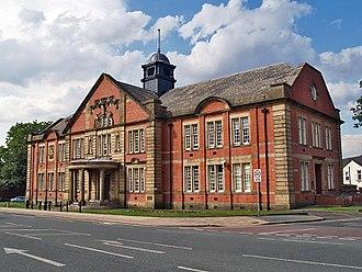 Bradshaw Gass & Hope - Image: Farnworth Town Hall