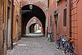 Ferrara, Via delle Volte - panoramio - Carlo Pelagalli.jpg