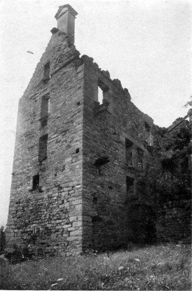 File:Fig 22, casa forte di pontemaglio, angolo nord est, p141, foto nigra, nigra il novarese copia copia.jpg