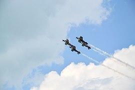 Flying Bulls Aerobatics Team in Zamardi 02.jpg