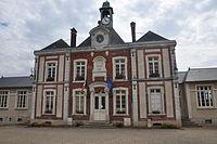 Fontenay-Saint-Père mairie.JPG