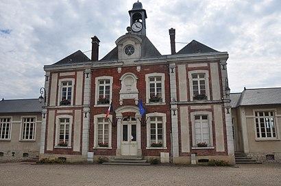 Comment aller à Fontenay-Saint-Père en transport en commun - A propos de cet endroit