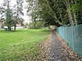 Footpath from Erskine Road to St James Lane - geograph.org.uk - 1548468.jpg
