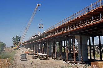 Fresno River Viaduct - Image: Fresno River Viaduct construction 2016b