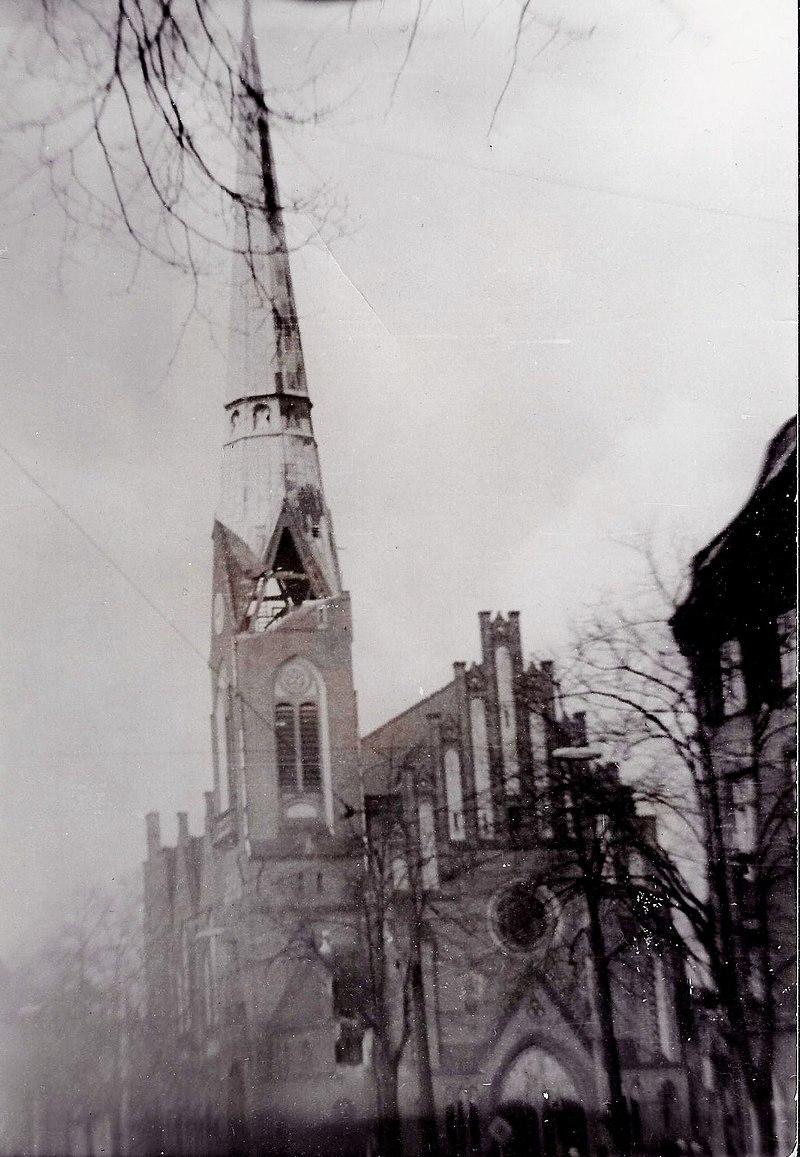 800px-Friedrichshagen-Kirche-1972.jpg