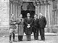García Lorca en Betanzos con R. Fernández Cid, J. Álvarez Sánchez-Heredero, F. Esteve Barbá e J. Barbeito. Maio 1932.jpg
