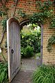 80px-Garden_wall_entrance_door_in_Boreha