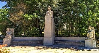Frederick Warren Allen - George Washington monument in Fall River, Massachusetts (1942)