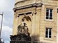 Georges Cuvier (statue).jpg