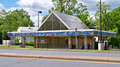 Glenmont Metro west entrance (50383042631).png