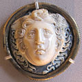 Glittica romana, medusa, sardonice, II-III sec dc..JPG