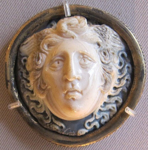 Glittica romana, medusa, sardonice, II-III sec dc.