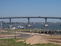 Hindmarsh Island bridge controversy - Wikipedia, the free encyclopedia