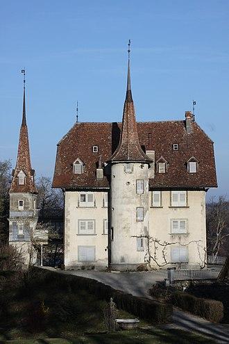 Barberêche - Image: Grand Vivy Castle Mar 2011