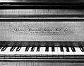 Grand Piano MET 166069.jpg