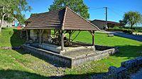 Grandfontaine-sur-Creuse, le lavoir-abreuvoir.jpg