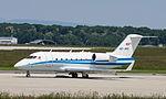 HB-JRQ Bombardier CL-600-2B16 Challenger 604 CL60 - LUC (18856228781).jpg