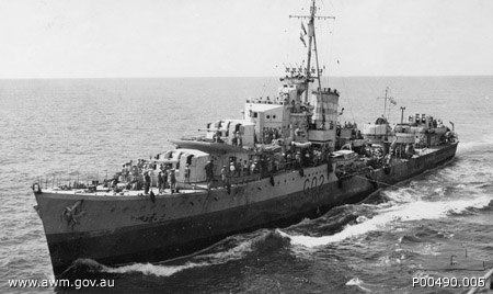 Port bow view of HMAS Nestor in 1941