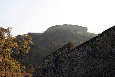 Hainburg an der Donau - Stadtmauer - Heimenburg 2011.jpg