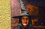 Halloween (10621327206).jpg