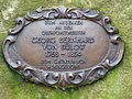 Heringsdorf Gedenkstein Bülow Bronzetafel.JPG