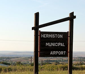 Hermiston Municipal Airport - Image: Hermiston Municipal Airport Oregon